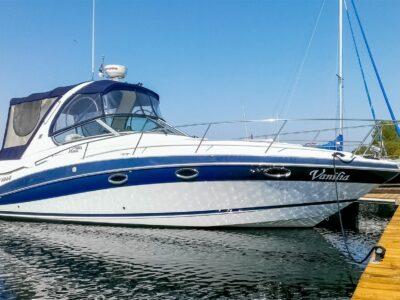 Wynajem jachtu ze sternikiem
