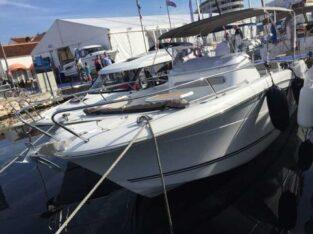 Jacht motorowy Jeanneau Cap Camarat 8.5 CC